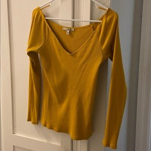 Stretchy Off the Shoulder Mustard Top ✨